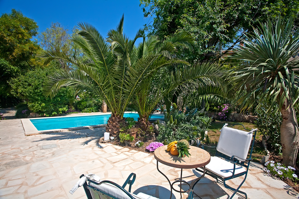 Property search focus spain we will save you time and - Piscinas prefabricadas mallorca ...